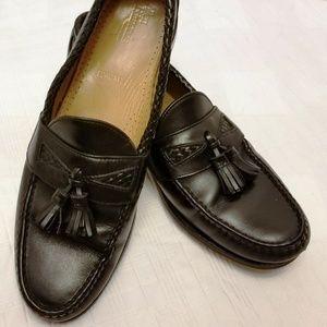 EUC. Allen Edmonds Maxfiled Moccasins. Size 11B